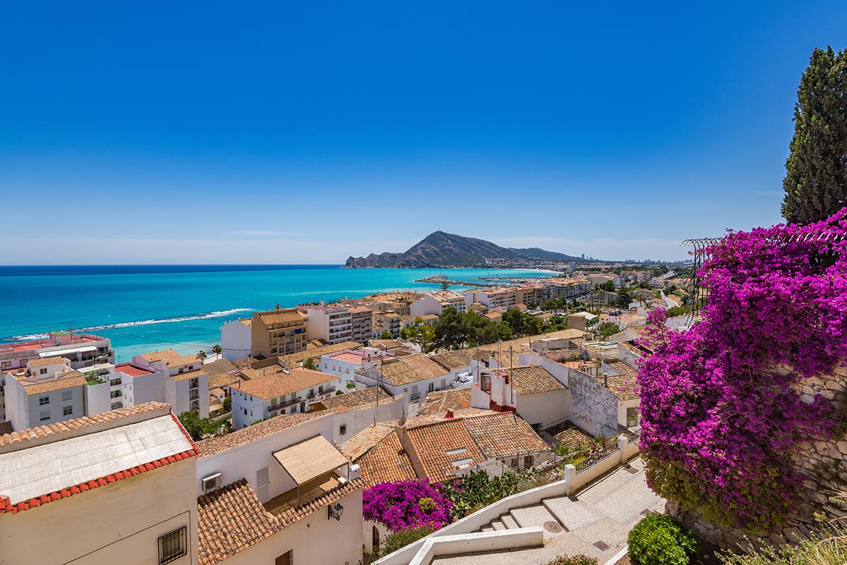 Todos los establecimientos inmobiliarios en España