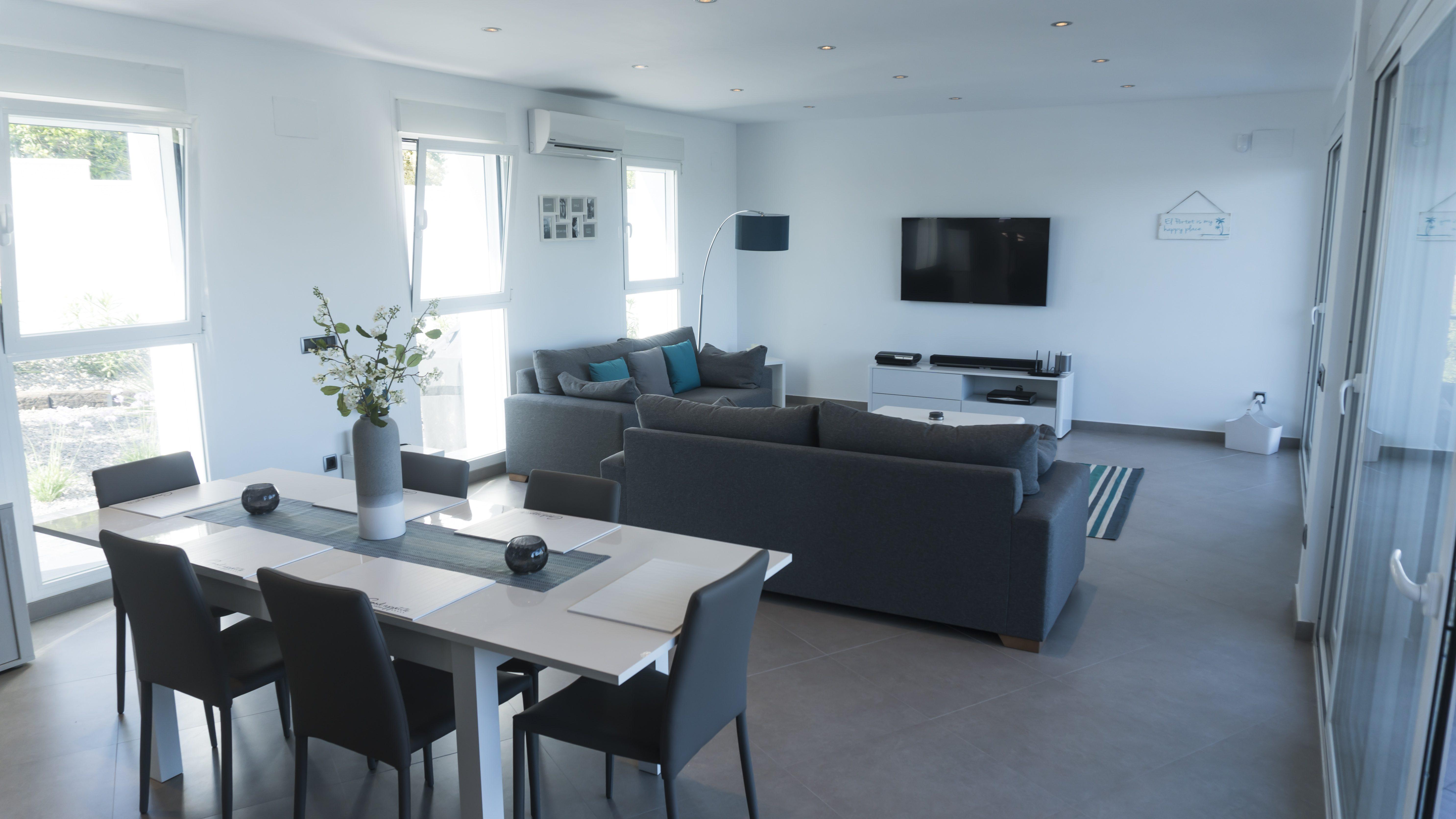 Arquifach: Studio architectural à Alicante présent: Villa Sabana - Maison individuelle avec piscine située dans l'urbanisation